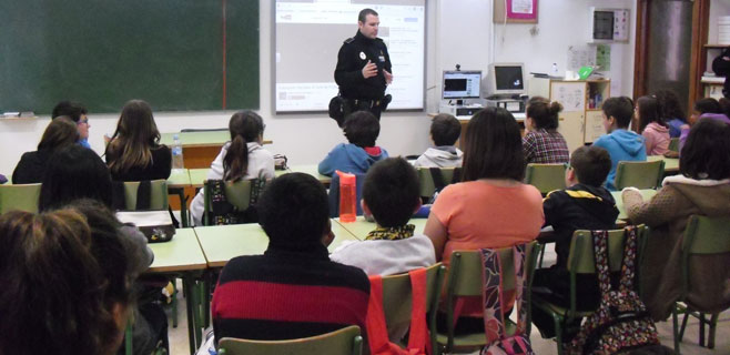 Ses Salines imparte clases de educación víal a sus niños
