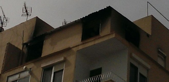 Susto en Sa Vileta por el incendio de un quinto piso