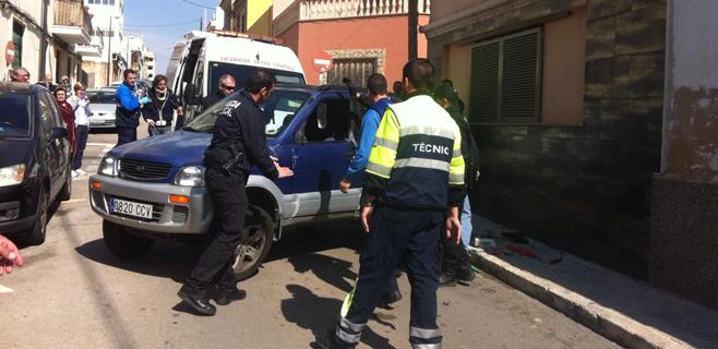 Se busca un coche a la fuga tras un accidente