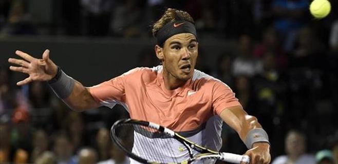 Nadal, en semifinales de Miami tras vencer a Raonic