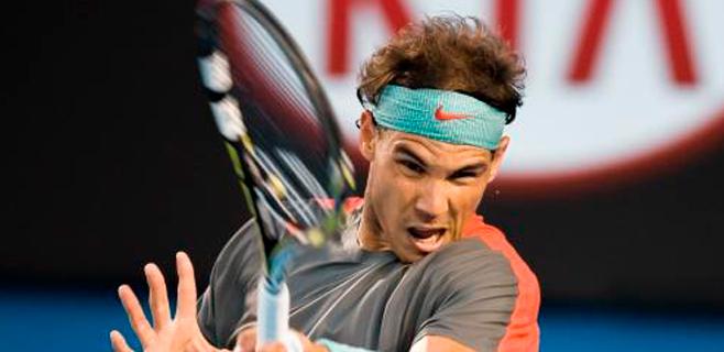 Nadal gana sufriendo en su debut en Indian Wells