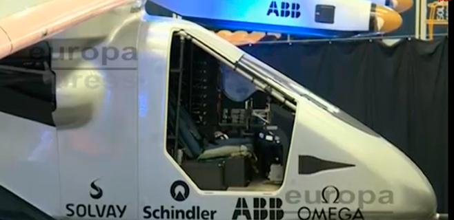 Presentado el primer avión solar que dará la vuelta al mundo