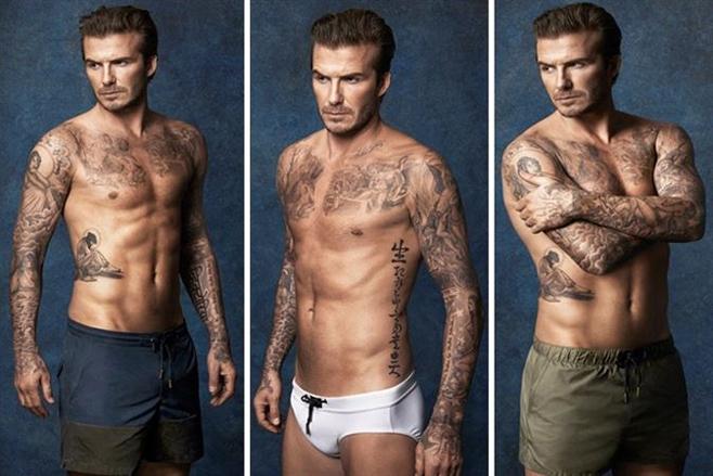 David Beckham vuelve a lucir cuerpo en bañador