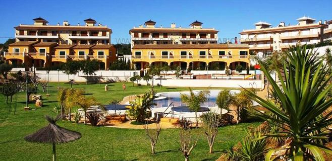 Los extranjeros compran uno de cada tres pisos que se venden en Balears