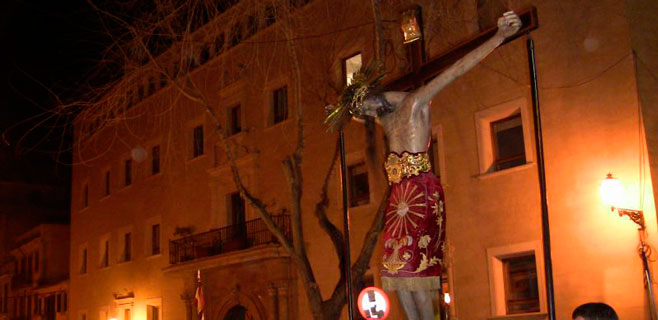 Las calles de Palma sufren cortes por la procesiones de Dijous Sant