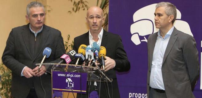El PI exige la supresión inmediata de todos los privilegios de los políticos