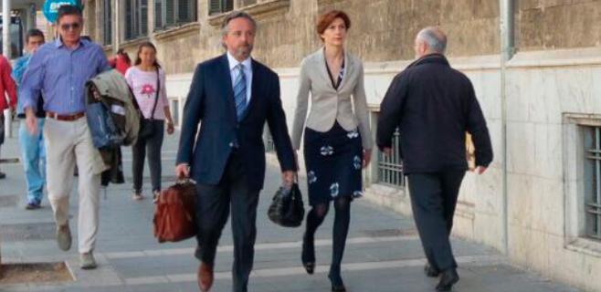 Bel Oliver declara como imputada por un pago irregular de 69.600€