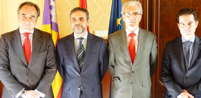 El Govern firma dos préstamos con el Santander por 76,6 millones de euros