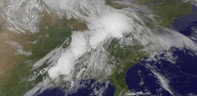 La ola de tornados en EEUU vista desde el cielo