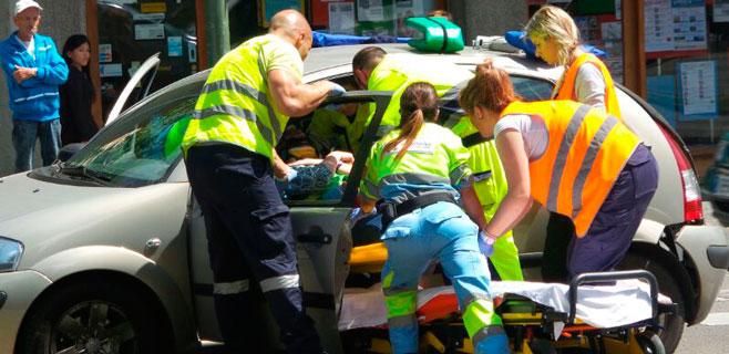Herido un hombre en una colisión entre coches en las Avenidas de Palma
