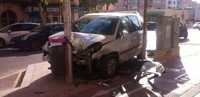 Accidente sin heridos en la calle Balmes