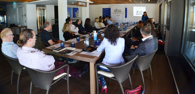 Networking, formación y motos en el II Desayuno ibeconomia Network