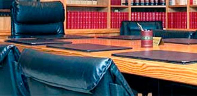 Un socio del Bufete Feliu pacta seis meses por defraudar 148.606 euros