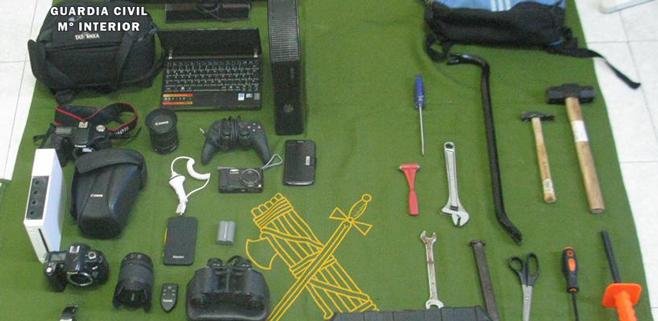 Detenidos dos vecinos de Capdepera como autores de más de 90 robos