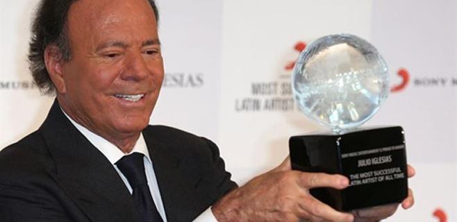Julio Iglesias es el artista latino más exitoso del mundo