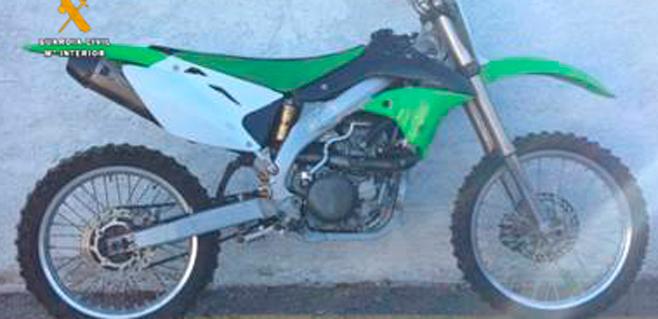 Detenidos por robar motos y piezas y venderlas en webs