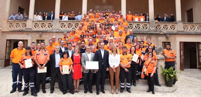 Los voluntarios del incendio de Andratx reciben el reconocimiento del Govern