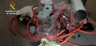 Cárcel para 14 falsos revisores del gas