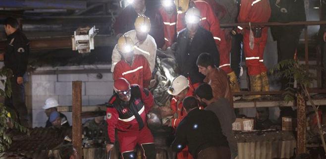 232 personas muertas en una explosión en una mina