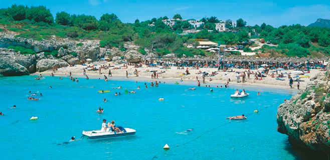 Deloitte prevé para Balears un repunte turístico menor que el de Canarias