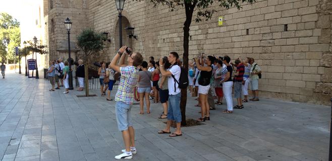 Balears registra la mayor caída en el gasto de los turistas hasta abril