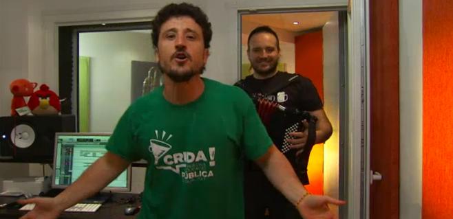La campaña de verano de TV3 se pone la camiseta verde de los docentes