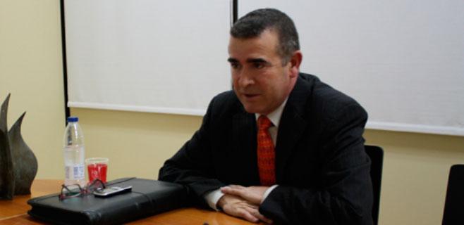 AMPEB advierte que los mayores son casi el 50% del total de los parados