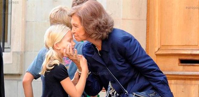 La reina Sofía se va a Ginebra a ver a Cristina