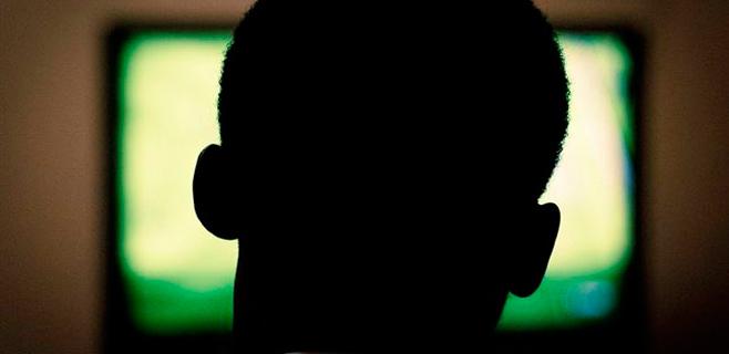 Más de 3 horas de tv/día duplica el riesgo de muerte