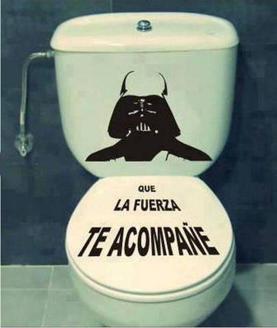Un WC para 'la guerra'