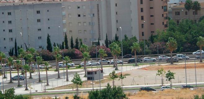 Palma se bloquea por el exceso de coches con retenciones kilométricas