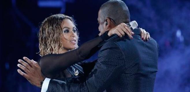 Beyoncé le canta a la infidelidad en un concierto