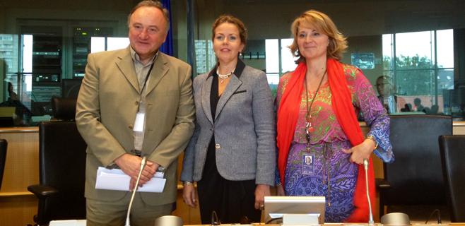 Estaràs, vicepresidenta de la Comisión de Peticiones del Parlamento Europeo