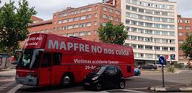 Las víctimas de Spanair recorren Madrid