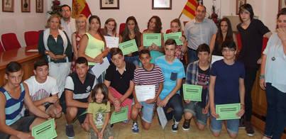 14 jóvenes reciben formación laboral