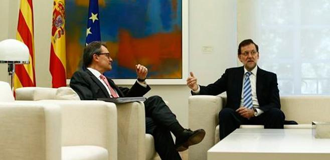 Rajoy y Mas siguen caminando hacia el choque de trenes