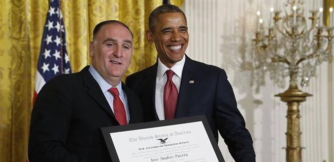 Obama entrega un galardón al chef José Andrés
