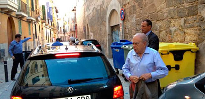 Jordi Pujol renuncia a sueldo, oficina y cargos