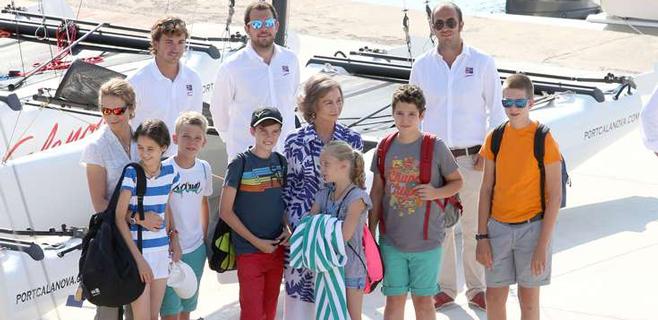 Reina Sofía y nietos ya están aquí