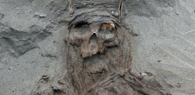 Halladas 150 tumbas de una cultura desconocida