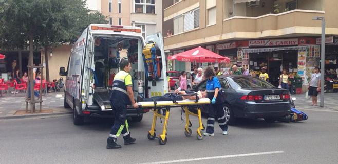 Herido el conductor de un ciclomotor atropellado en Palma