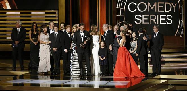 'Breaking Bad' y 'Modern Family' triunfan en los Emmy