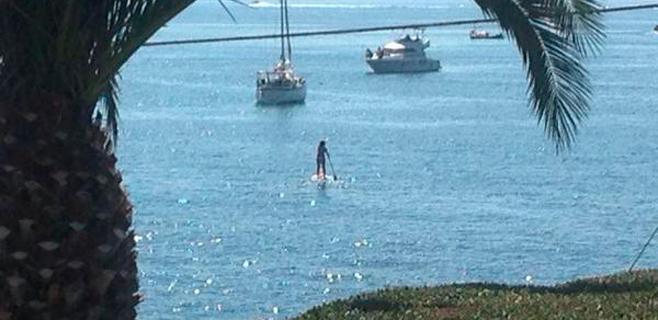 A Armengol le va el paddle surf
