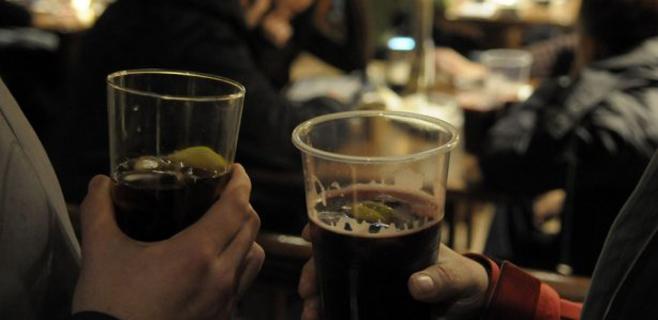 Salut expedienta a locales de Calvià por vender una bebida fraudulenta