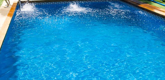 Muere ahogado un hombre de 60 años en una piscina en Cala Major