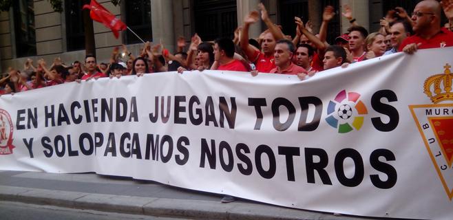 La LFP confirma el descenso del Murcia a Segunda B