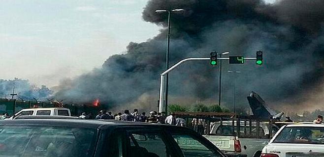 40 muertos en el accidente de avión en Teherán