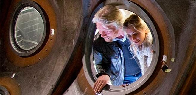 Branson admite que será difícil volar al espacio este año