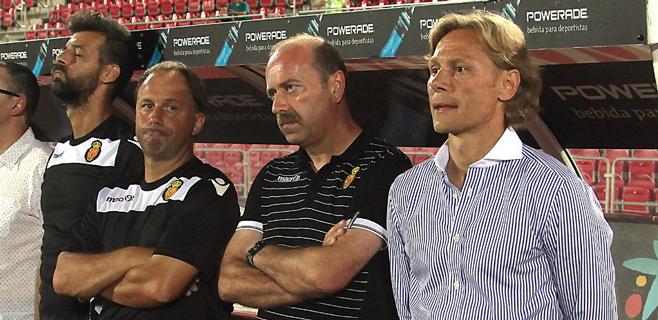 Casi nadie confía en que Karpin acabe la temporada en el baquillo del Mallorca