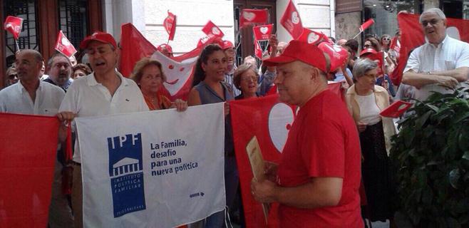 Una concentración en Palma pide a Rajoy que proteja la vida
